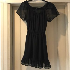 Women's black H&M ruffle dress